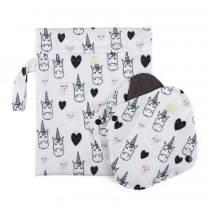 Set de 2 absorbante intime feminine lavabile Baba+Boo Medium + borsetă impermeabilă Unicorn
