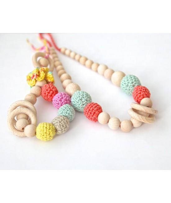 Set: Colier pentru alăptare sau babywearing + jucărie din lemn și bumbac ecologic pentru dinți Nihama Yarn