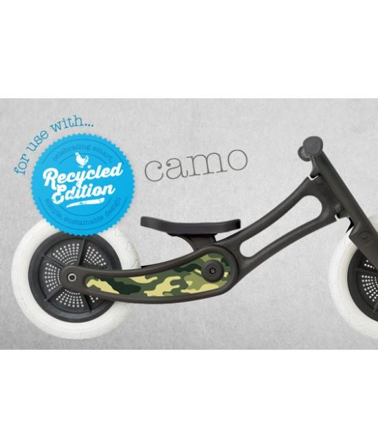 Autocolant decorativ pentru bicicleta Wishbone Ediție Reciclată - Camo Green